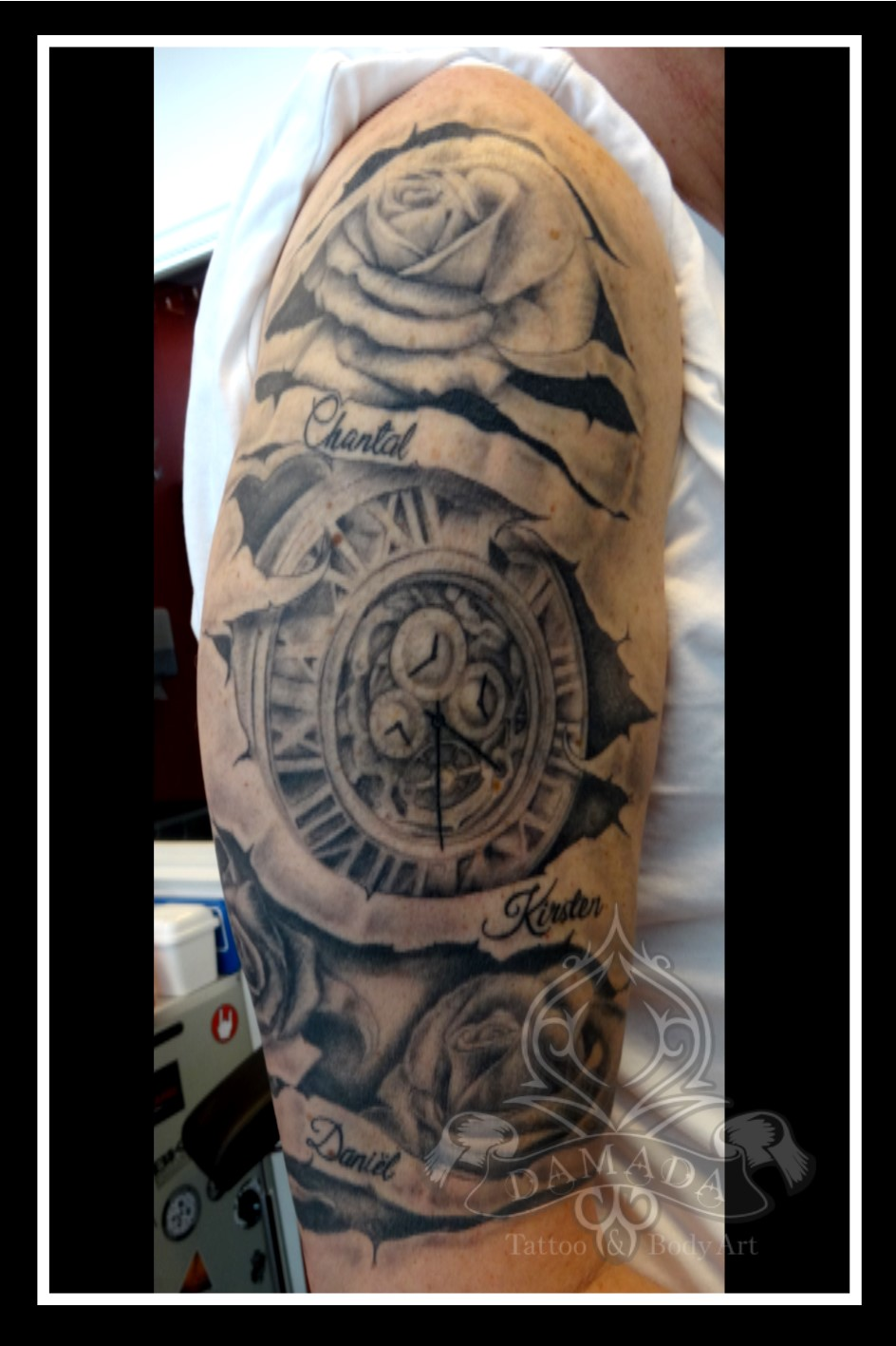 Pocket Watch Roses Banner in skin